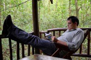 Reading in Costa Rica